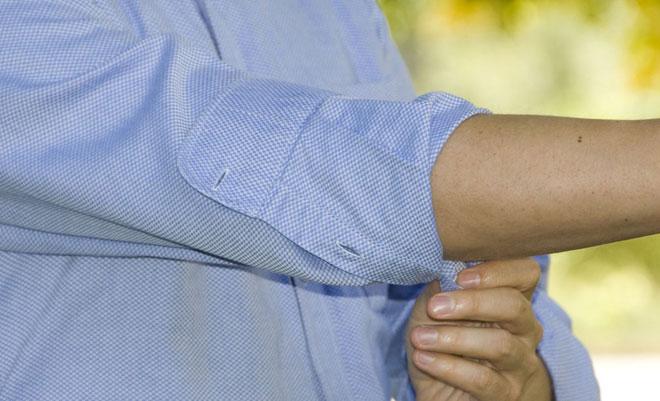 Fold the dress shirt cuff inside - Men Style Tips