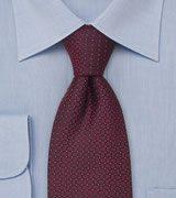 maroon tie