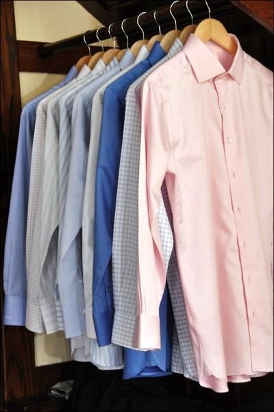 What Color Slacks Should A Man Wear With A Navy Blue Blazer 111
